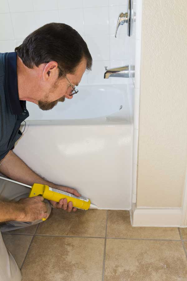 4 easy steps to removed that bathroom mildew buildup on