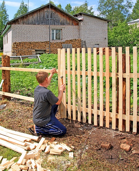 tips on building a fence on the house 5 tips for building a house a lovely look