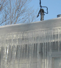 how to avoid ice dams on roofs