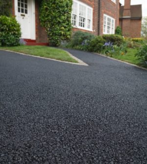 Sealing patching a driveway on the house asphalt drive solutioingenieria Choice Image