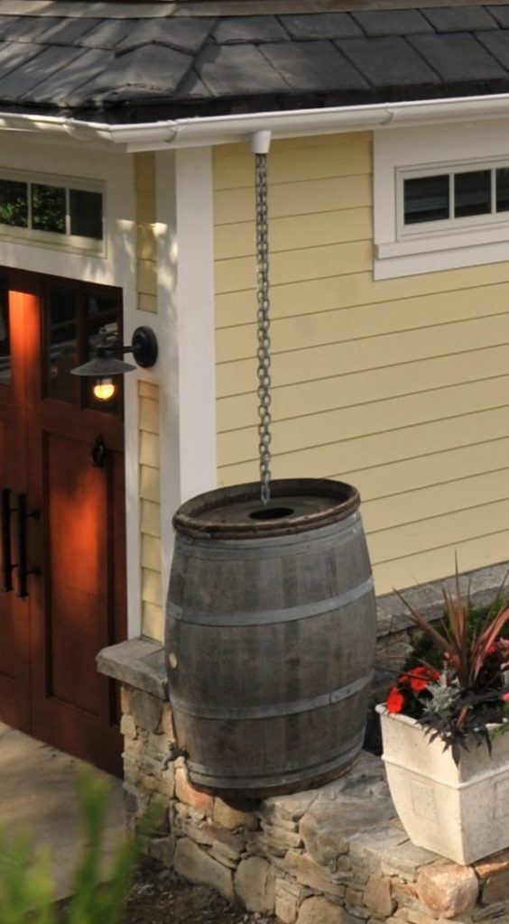 rain barrel, harvesting water